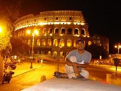 Colosseum Di Waktu Malam, Rome, Italy