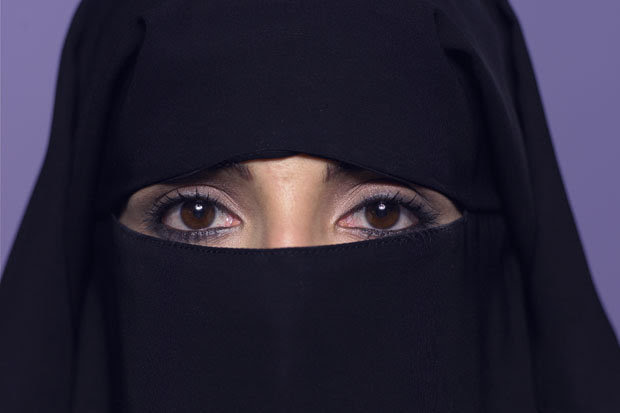 Risultati immagini per islamic veil