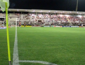 estádio rei pelé; CRB x Santa Cruz (Foto: João Pedro / Pernambuco Press)