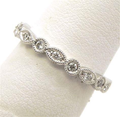 Ladies 18k White Gold Diamonds Round & Oval Eternity