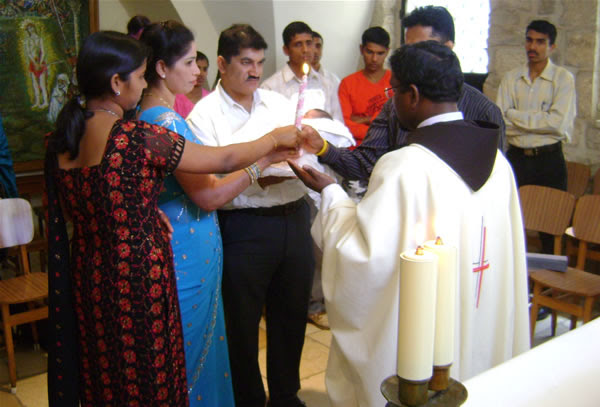 http://www.asianews.it/files/img/INDIA_-_0224_-_Consultorio_familiare.jpg