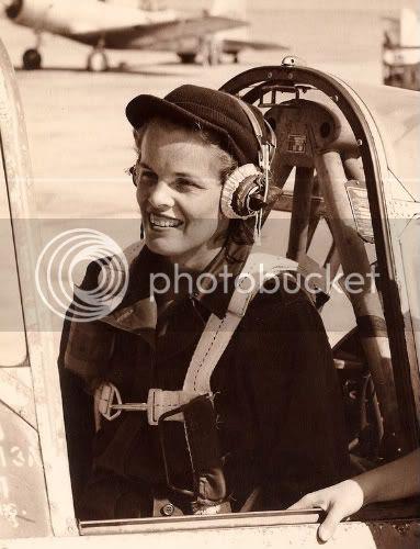 First World War Pilots. Women pilots from World War II