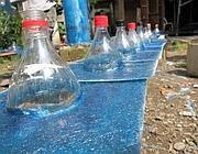 Le bottiglie viste dall'esterno dei tetti