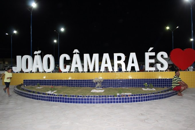 João Câmara: Prefeito inaugura praça no bairro Bela Vista, faz entrega de kits para gestantes e certificados do Camarense Empreendedor