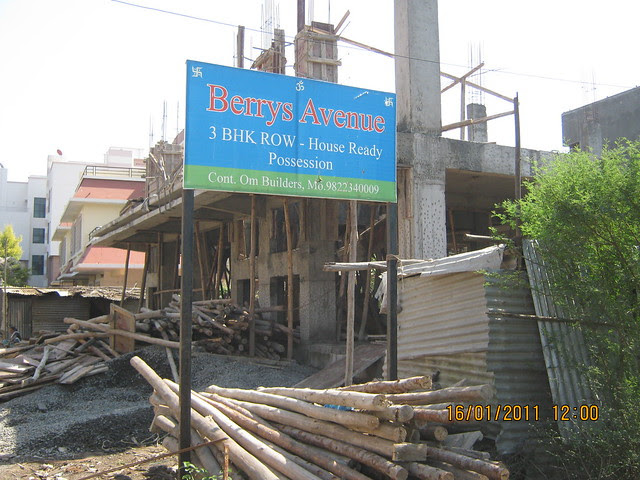 Berry's Avenue -Last one 3 BHK Row House is available for (approx) Rs. 81 Lakhs!
