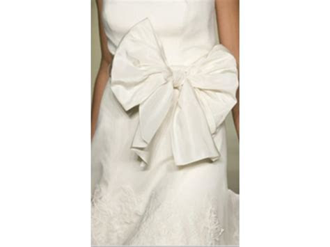 Vera Wang Bouquet Luxe Collection , £6,500 Size: 6   Used