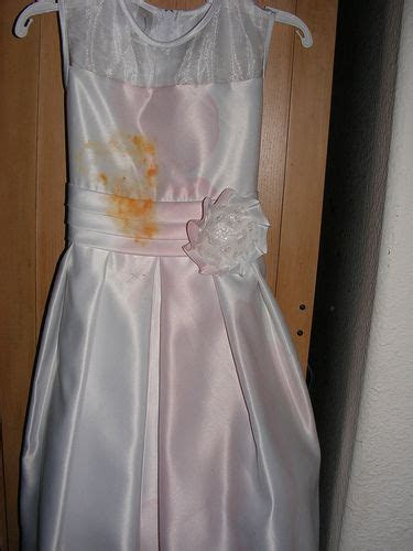 Formal Dress & Wedding Gown: How to Clean, Wash, Dry, Iron