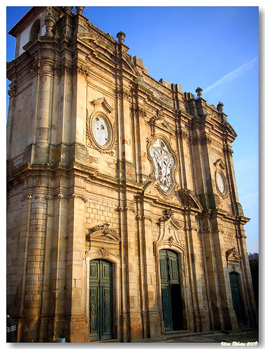 Salzedas_mosteiro_fachada by VRfoto