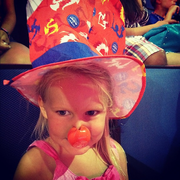 Clown nose & hat!!