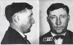 English: Mug shot of murderer Harry Powers tak...