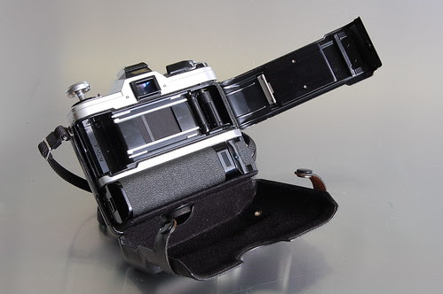 Canon AT-1 opened hinged case