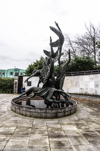 Children Of Lir - Garden of Remembrance (Dublin) by infomatique