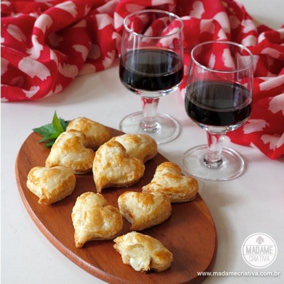 Καρδιά Έσοδα τροχαίο γεύση πίτσας - Βήμα-βήμα με φωτογραφίες - Συμβουλές Πώς να - Πώς να - ορεκτικό Heart - Συνταγή - DIY φροντιστήριο - Madame Creative - www.madamecriativa.com.br