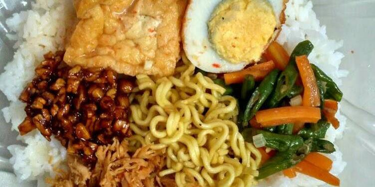 Resep Nasi Campur (Bumbu Rujak + Suwir Ayam Bali) Oleh Nyonya Jaya Cooking