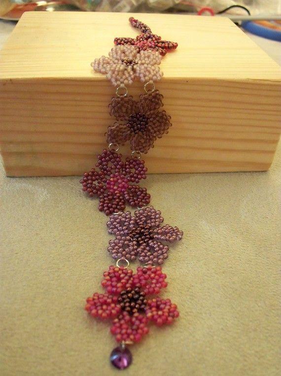Spring flowers bracelet