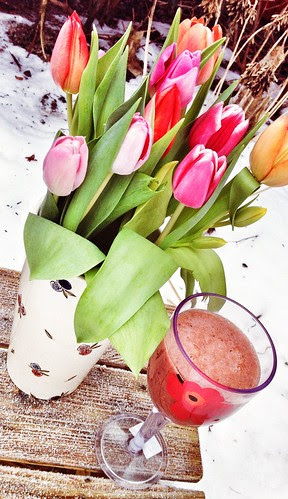tulips and smoothie