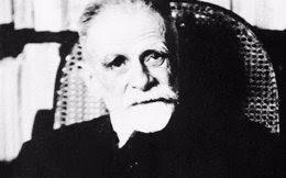 Ο Κωστής Παλαμάς ήταν ποιητής, πεζογράφος, θεατρικός συγγραφέας, ιστορικός και κριτικός της λογοτεχνίας. Θεωρείται ένας από τους σημαντικότερους Έλληνες ποιητές, με σημαντική συνεισφορά στην εξέλιξη και ανανέωση της νεοελληνικής ποίησης.
