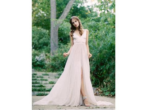 Leanne Marshall McKenna, $800 Size: 10   New (Un Altered