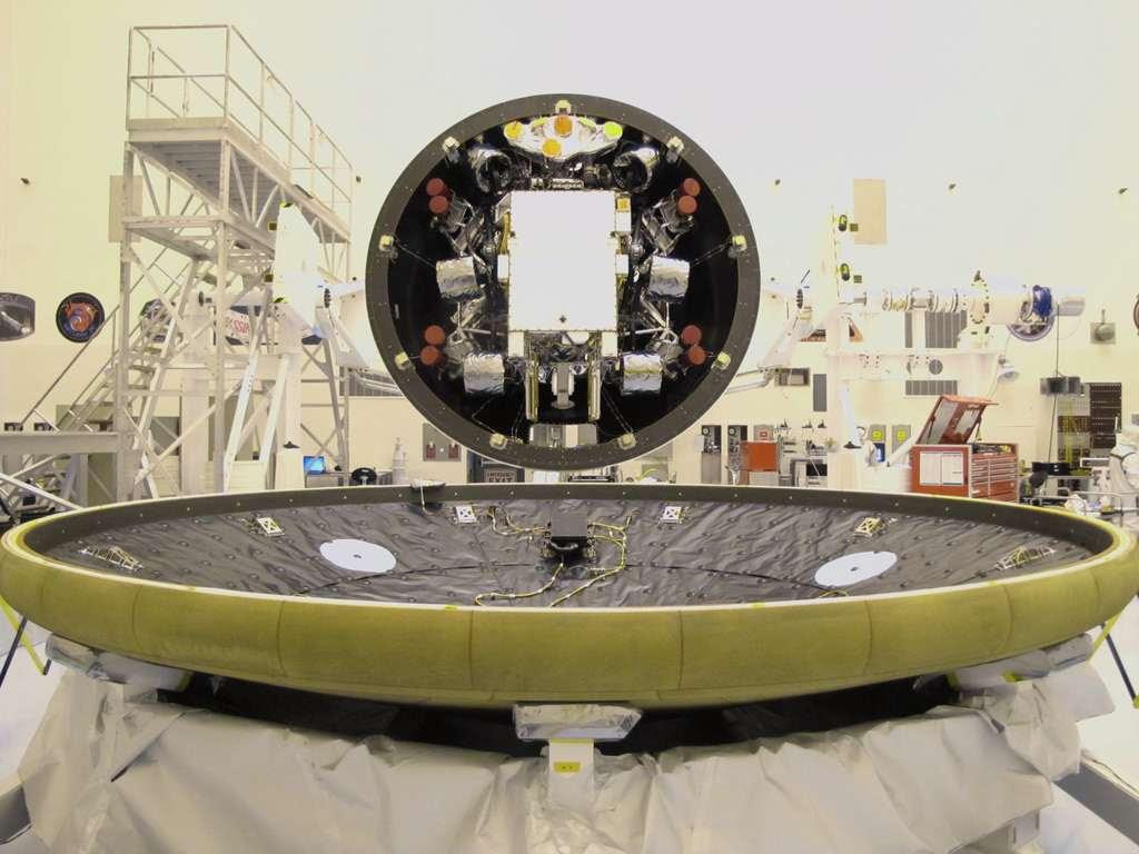"""Résultat de recherche d'images pour """"Le bouclier de Curiosity"""""""