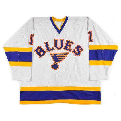 photo St Louis Blues 1984-85 F jersey_1.jpg