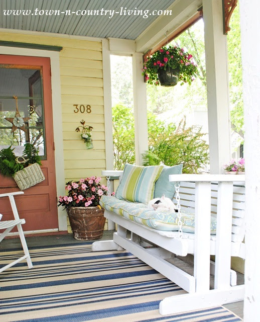 Cottage Style Summer Home Tour