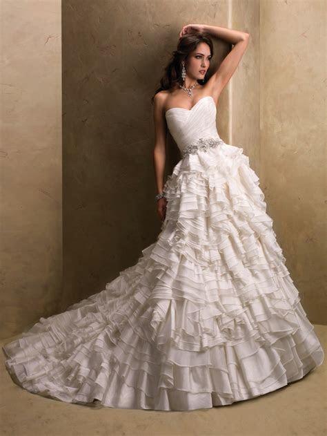 Top 10 2013 Wedding Dress style   Corset Bodices 5