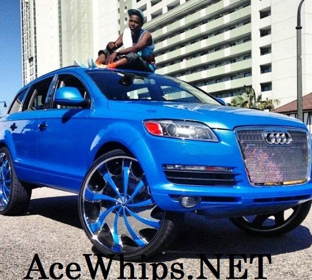 "Ace-1: Outrageous Audi Q7 Truck On 30"" Rockstars"