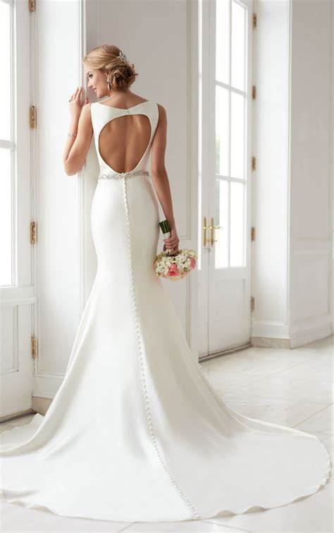 Best 25  Structured wedding dresses ideas on Pinterest