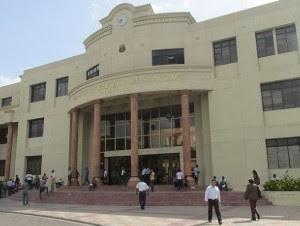 Palacio de Justicia de Santiago.