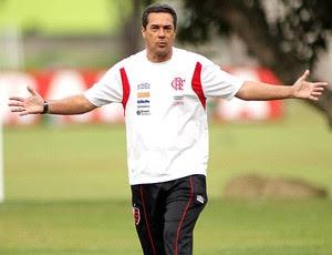 Luxemburgo no treino do Flamengo (Foto: Maurício Val / VIPCOMM)