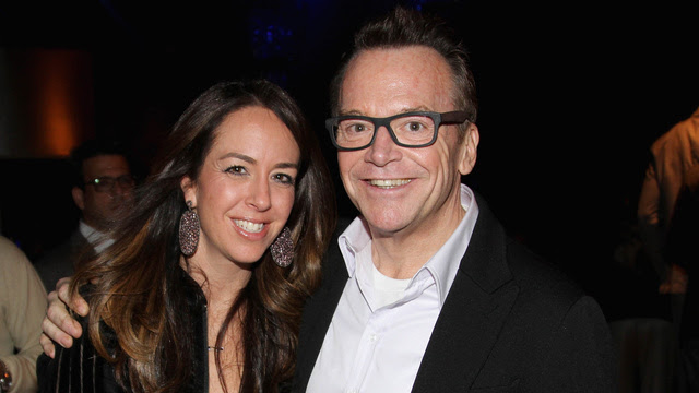 Tom Arnold Ripped His Testicle Out for Love. Happy Valentine's Day!