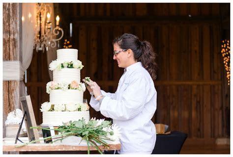 Wedding Cakes In Lynchburg, Virginia: Angela Hudson Cakes
