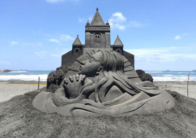 As extraordinárias esculturas de areia de Toshihiko Hosaka 04