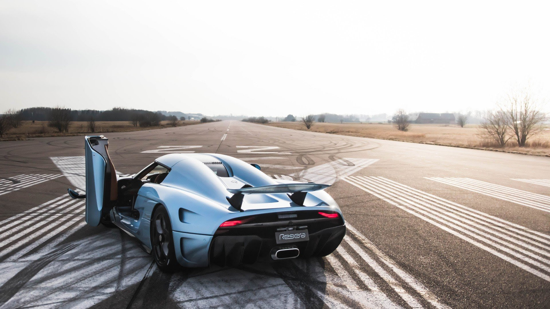 Koenigsegg Regera Wallpapers Cars News And Photos