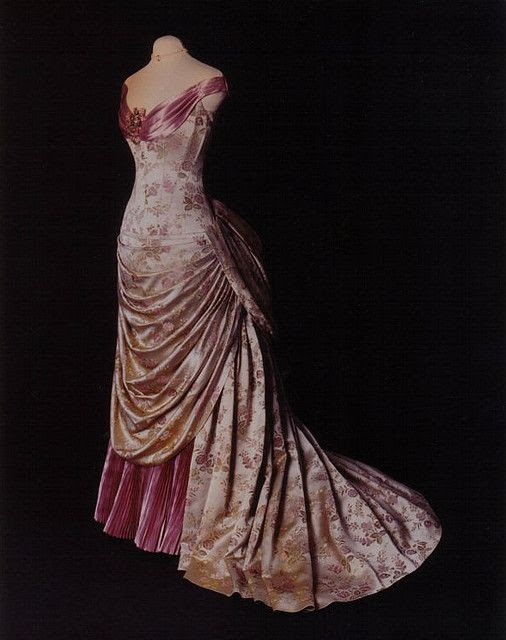 ~1890s bustled gown~