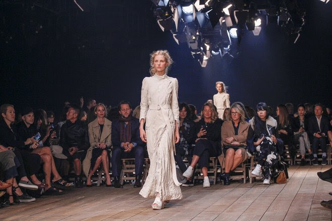 http://www.vogue.com/13368513/spring-2016-runway-trends-victorian-fashion/