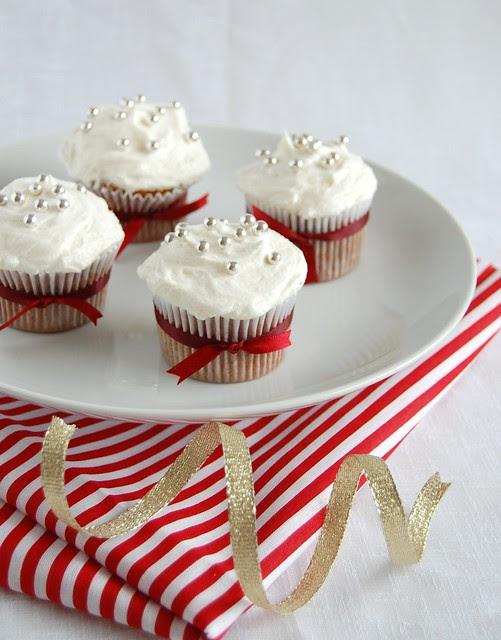 Mince pie cupcakes with brandy butter icing / Cupcakes de mince pie com cobertura amanteigada de conhaque