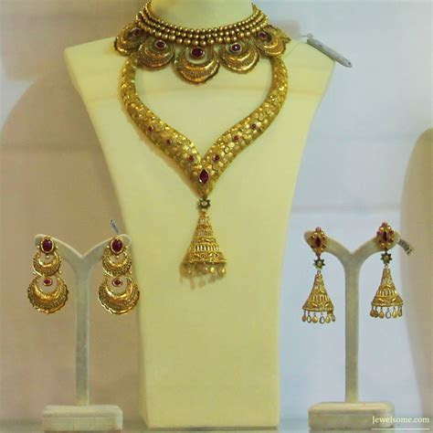 Gold Wedding Jewellery By Nikhaar Jewellers   Times Asia