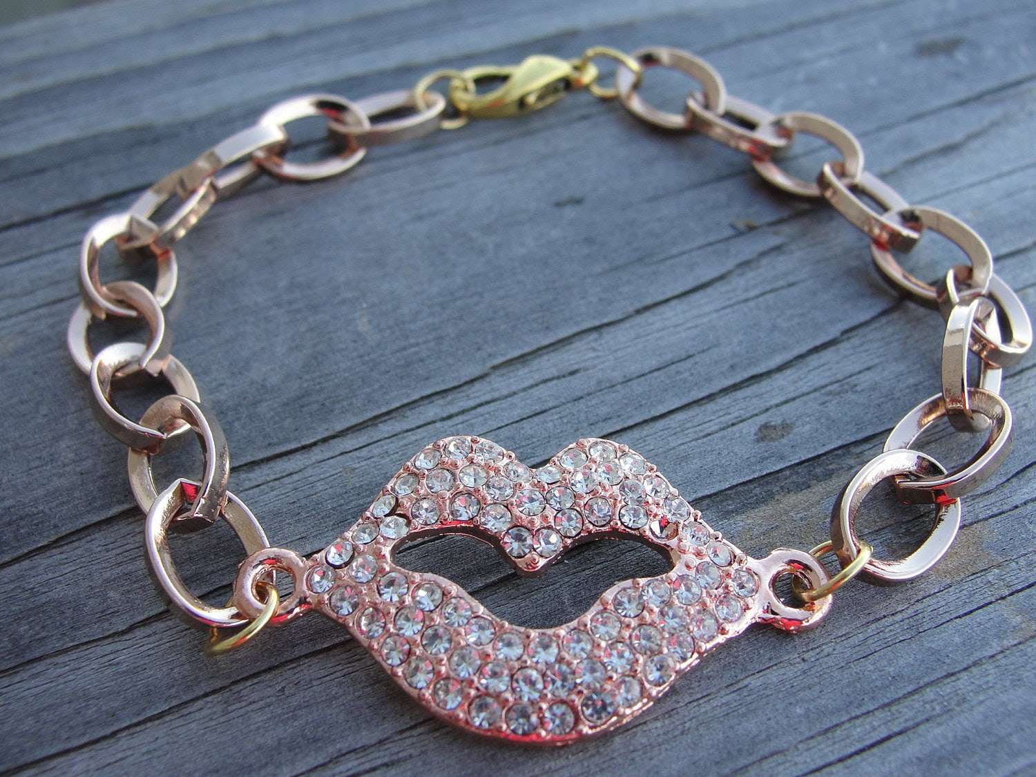 Rose GOld Crystal Lips Chunky Chain Bracelet