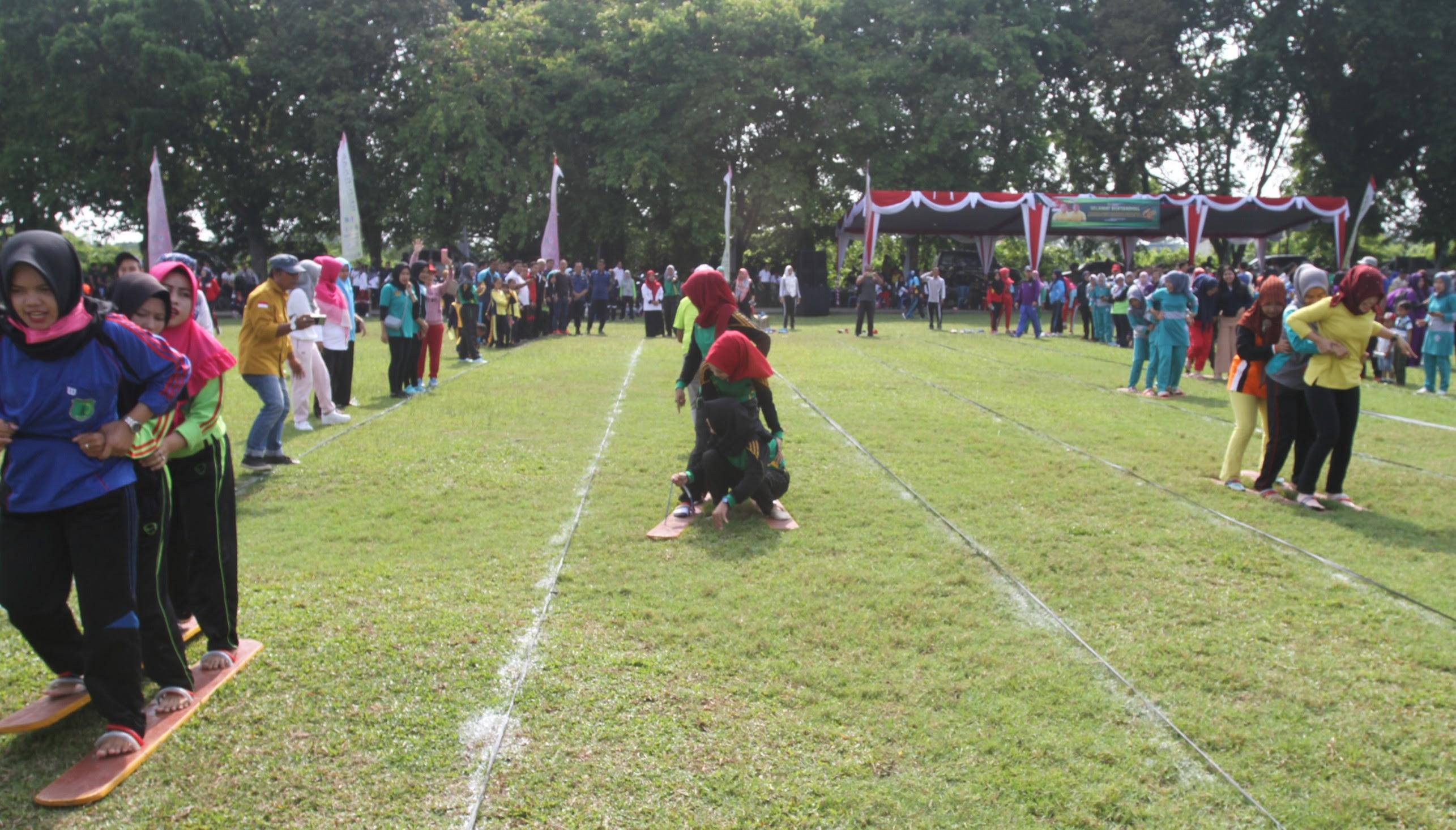 Meriahkan Hut Muba Pemkab Perkenalkan Kembali Permainan Tradisional Kabar Sriwijaya