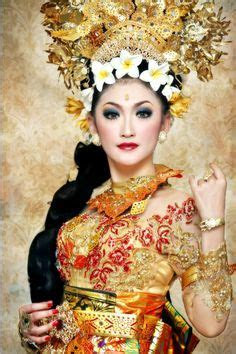 1000  images about THAI TRADITIONAL DRESS on Pinterest