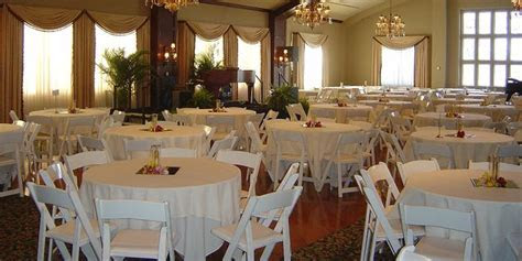 Cedar Rapids Country Club Weddings   Get Prices for