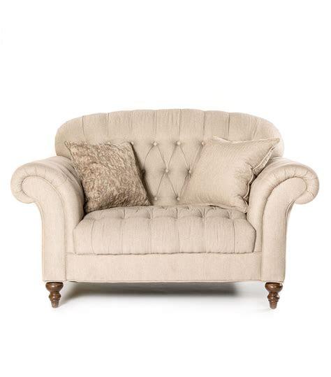 victoria ii tufted chair    chair
