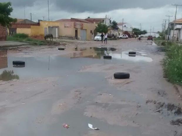 Avenida dos Minérios no bairro Dom Avelar em Petrolina, PE (Foto: Ramon Fonseca / Arquivo pessoal)