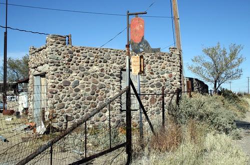behind the boulder motel