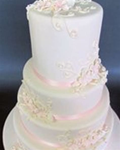 The Jolly Miller   Wedding Cakes Melton   Easy Weddings