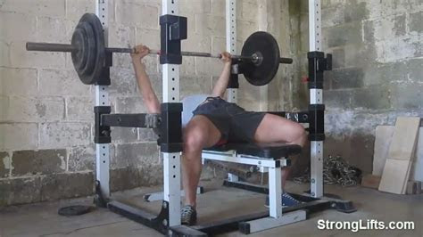 bench press stronglifts shows proper bench form
