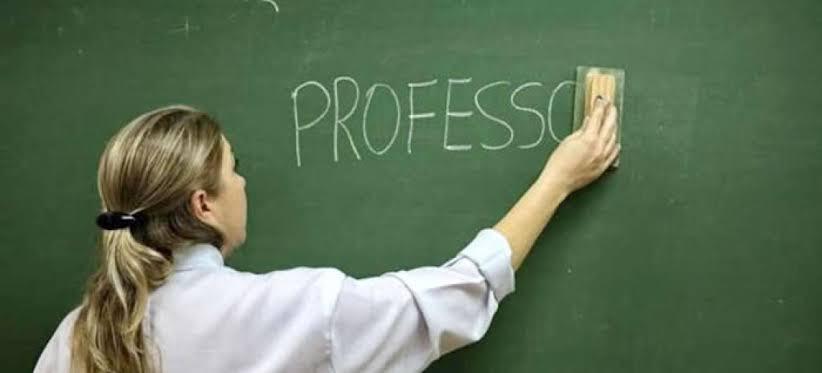 Resultado de imagem para aposentadoria professores