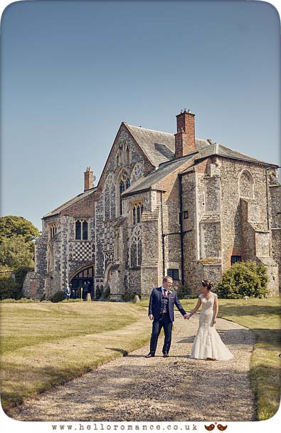 Butley Priory wedding photos - www.helloromance.co.uk