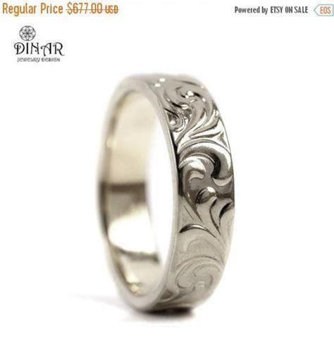 14k Solid White Gold Wedding Band, Leaf Engrave Ring